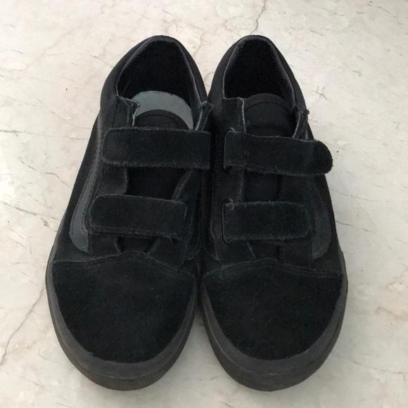 old skool vans black size 2
